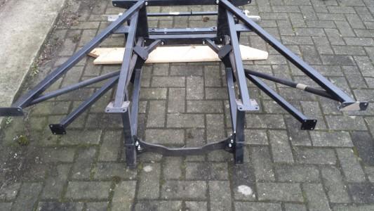 1E77010 engine frame 2